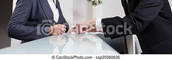 bureau fonctionnant, réception - csp25060635