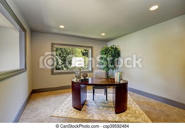 Bureau simple bourgogne bureau bois intérieur maison. décoratif