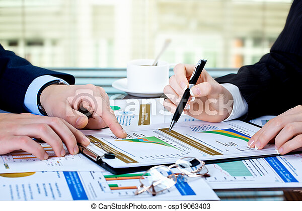 Business accounting - csp19063403