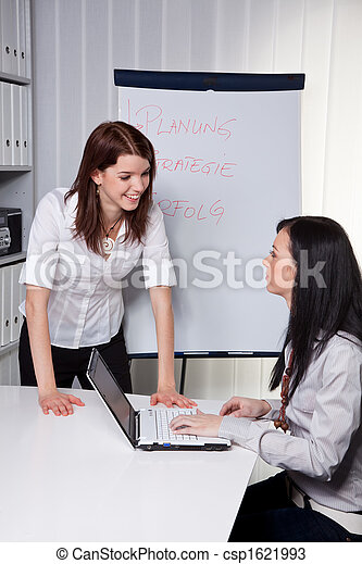 Business Coaching for and by young women - csp1621993