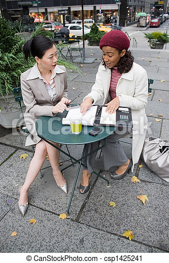 Business Meeting in the City - csp1425241