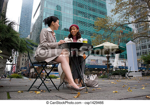 Business Meeting in the City - csp1429466
