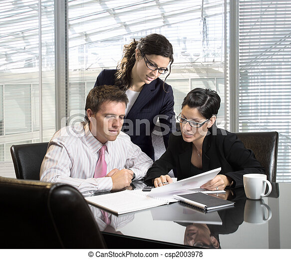 Business meeting - csp2003978