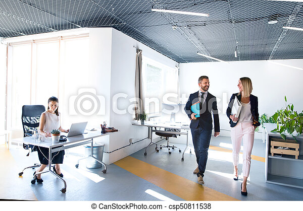 Business people in the office working. - csp50811538