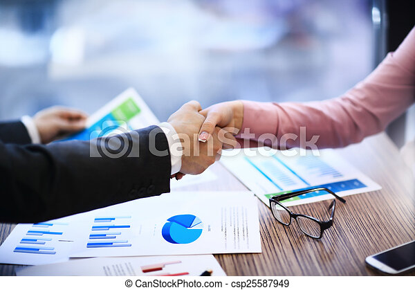 Business people shaking hands - csp25587949