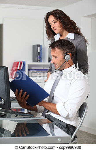 Business people working in the office - csp9996988