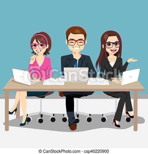 Business Team Sitting - csp40220900
