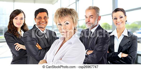Trabajo en equipo con gente de negocios - csp26967747