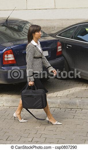 Businesswoman walking - csp0807290