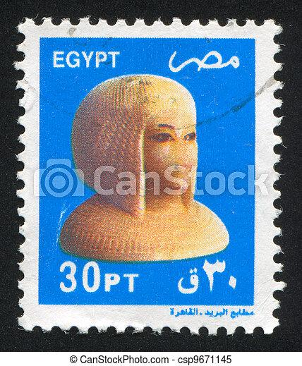Bust of Princess Aton - csp9671145