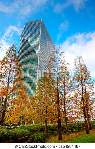 Buusiness concept financial district modern skyscrapers with green environnment in urban workspace - csp4984487