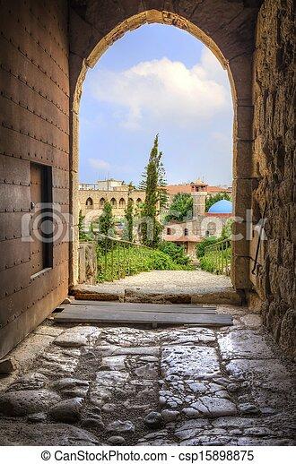 La ciudad histórica de Byblos, Líbano - csp15898875