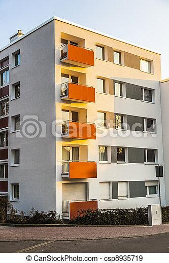 byggnad, blå, lägenhet, sky - csp8935719