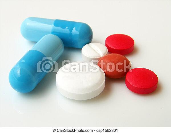 Pills y cápsulas - csp1582301