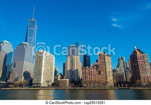 Panorama de Manhattan del centro - csp25515261