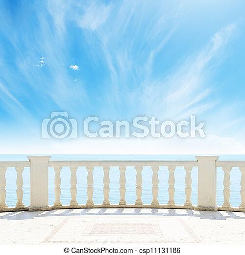 céu, nublado, mar, sob, sacada, vista - csp11131186