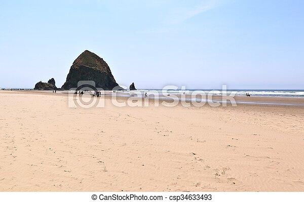 Cannon Beach, Oregon - csp34633493