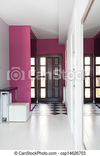 Cabaña Vibrant, entrada - csp14626703