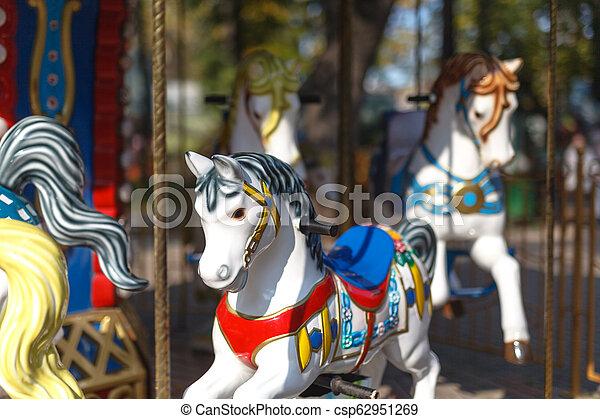 caballo, retro, carrusel - csp62951269