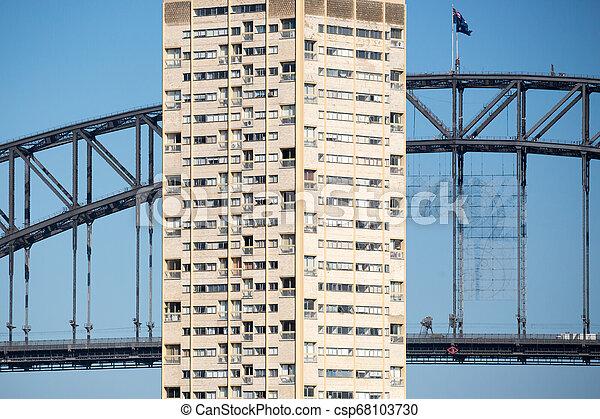 Apartamentos de Sydney de la reserva de pelotas - csp68103730