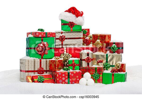 cadeau, neige, présents noël, emballé, pile - csp16003945