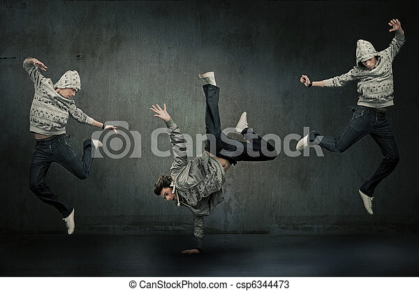 Tres bailarines hip hop - csp6344473