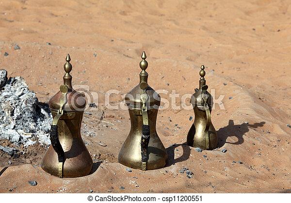 Cafeterías tradicionales de beduinos en la chimenea del desierto - csp11200551