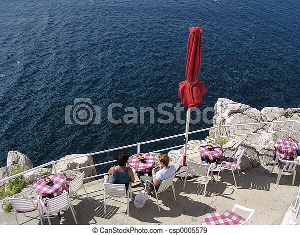 Cafe on the Edge - csp0005579
