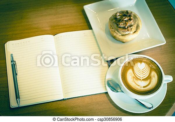 caffè, arte, mela, ristorante, latte, quaderno, cannella, servito, tavola, rotolo - csp30856906