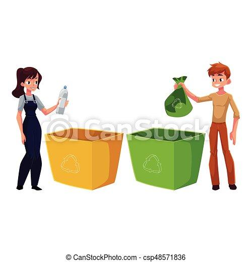 Hombre, mujer poniendo basura en la basura, concepto de reciclaje de residuos - csp48571836