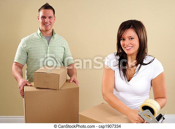 Grabando cajas - csp1907334