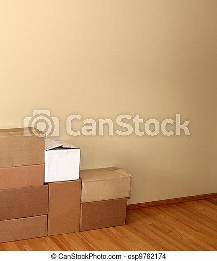 Cajas de mudanzas - csp9762174