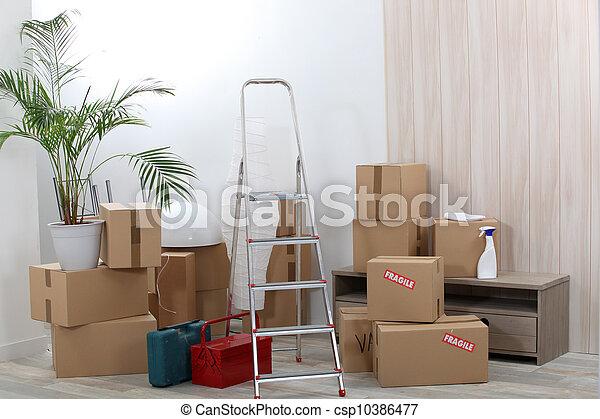 Cajas de mudanzas - csp10386477