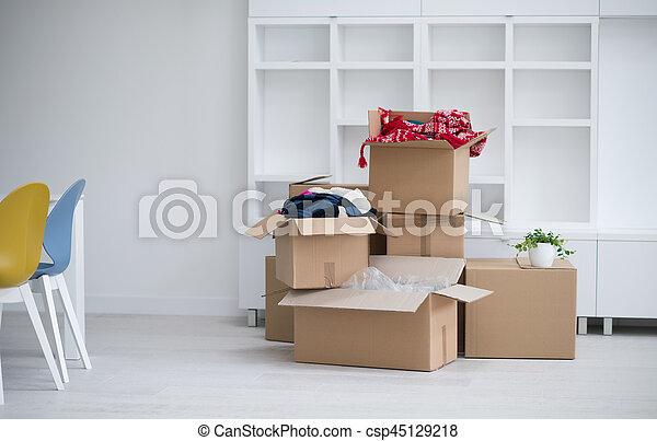 Cajas de mudanza - csp45129218