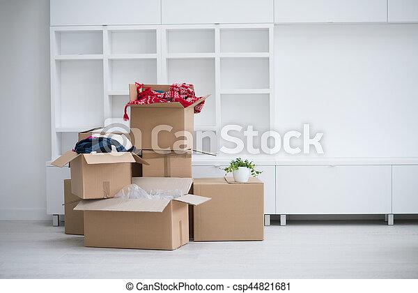 Cajas de mudanza - csp44821681