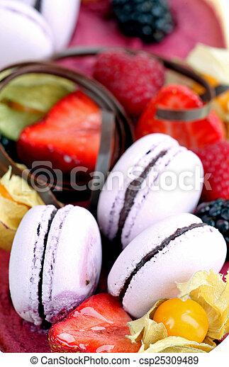 cake - csp25309489