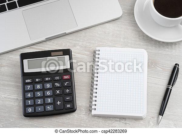 Calculator and notepad - csp42283269