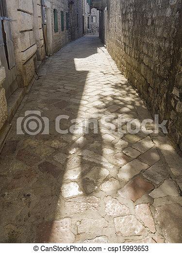 Calle Medieval - csp15993653