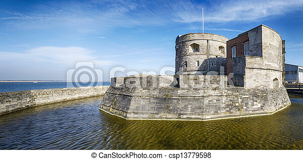 Calshot Castle - csp13779598
