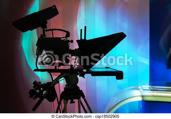 caméra télévision - csp18502905