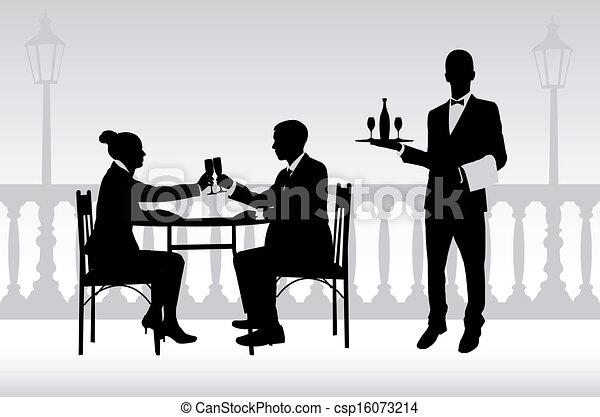 Una pareja en el restaurante y el camarero - csp16073214