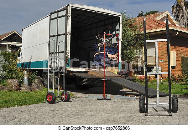 Camión en movimiento - csp7652866