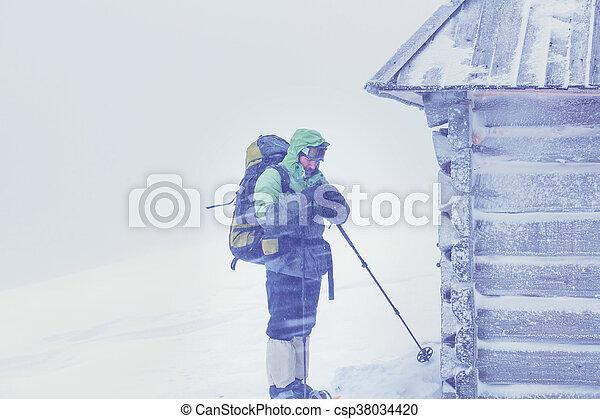 caminhada, inverno - csp38034420
