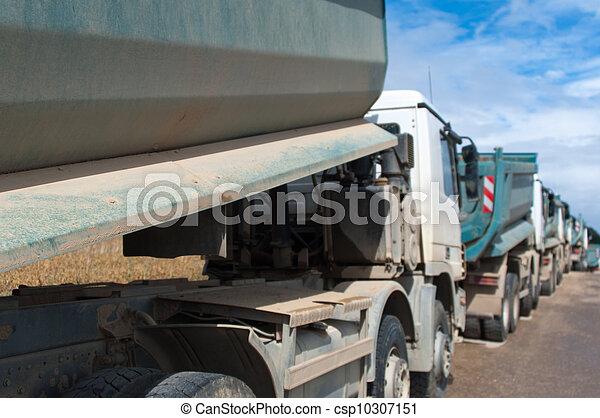 camions décharge - csp10307151