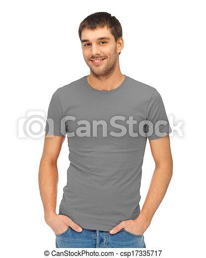 Hombre con camiseta gris en blanco - csp17335717