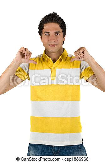 Un joven con una camiseta en blanco - csp1886966