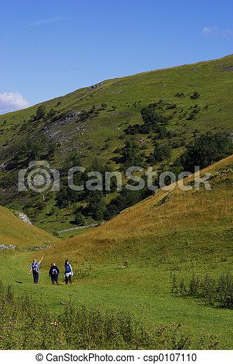 camminare, colline - csp0107110