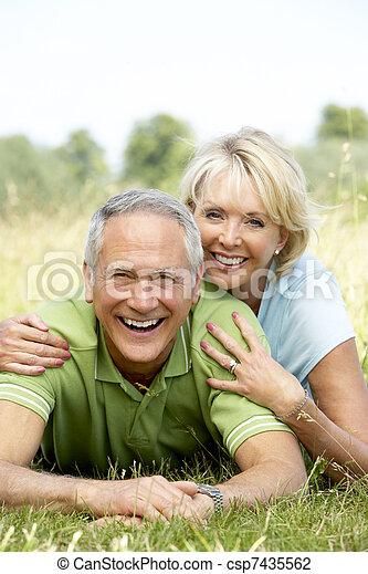 campagne, amusement, couple, avoir, mûrir - csp7435562