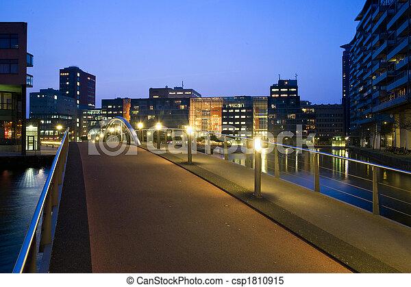 Campus bridge - csp1810915