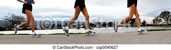Running Women - csp0040627